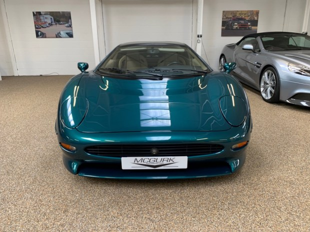 Green Jaguar XJ220 front
