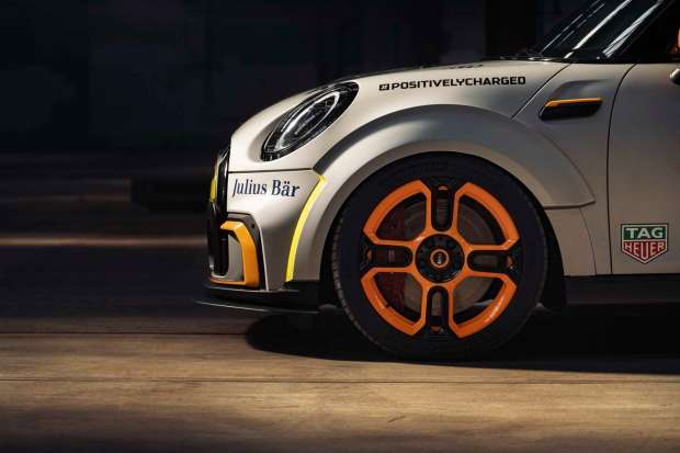 MINI Electric Pacesetter wheels