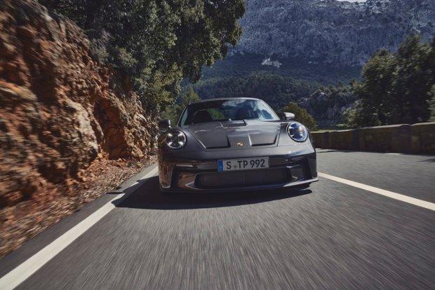 992 Porsche 911 GT3 Touring front