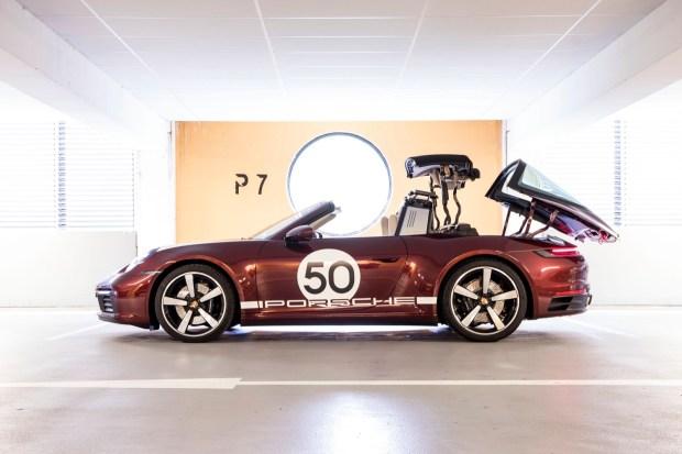 Porsche 911 Targa 992 roof
