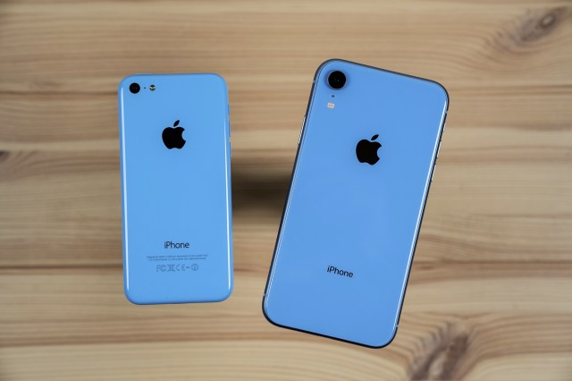 A Review Of The Iphone Xr I Ve Made A Huge Mistake 512 Pixels