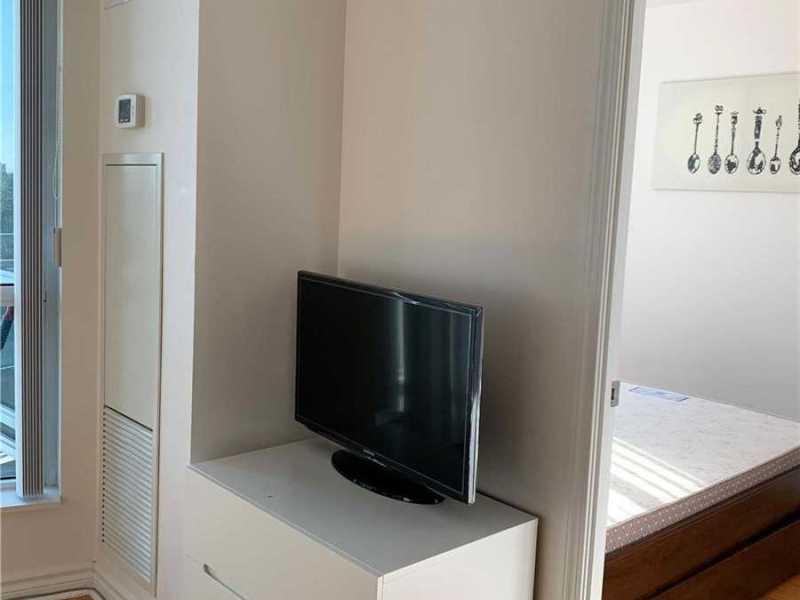 Yonge/Finch 宽敞1房带家具