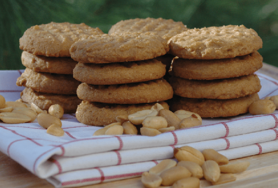 A picture the best peanut butter cookie recipe Cookies on a folded towel