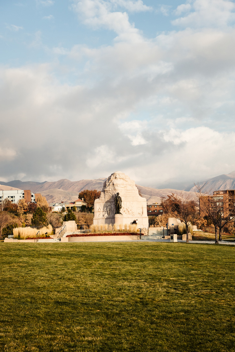 Monument at the Utah state capitol building