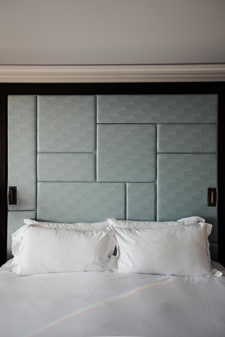 Hilton Budapest bed
