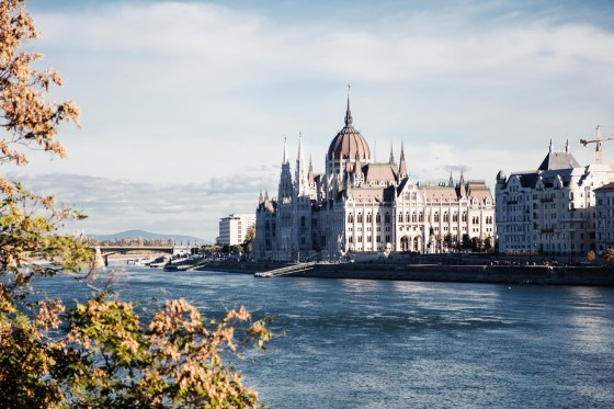 3 days in Budapest - Parliament and river