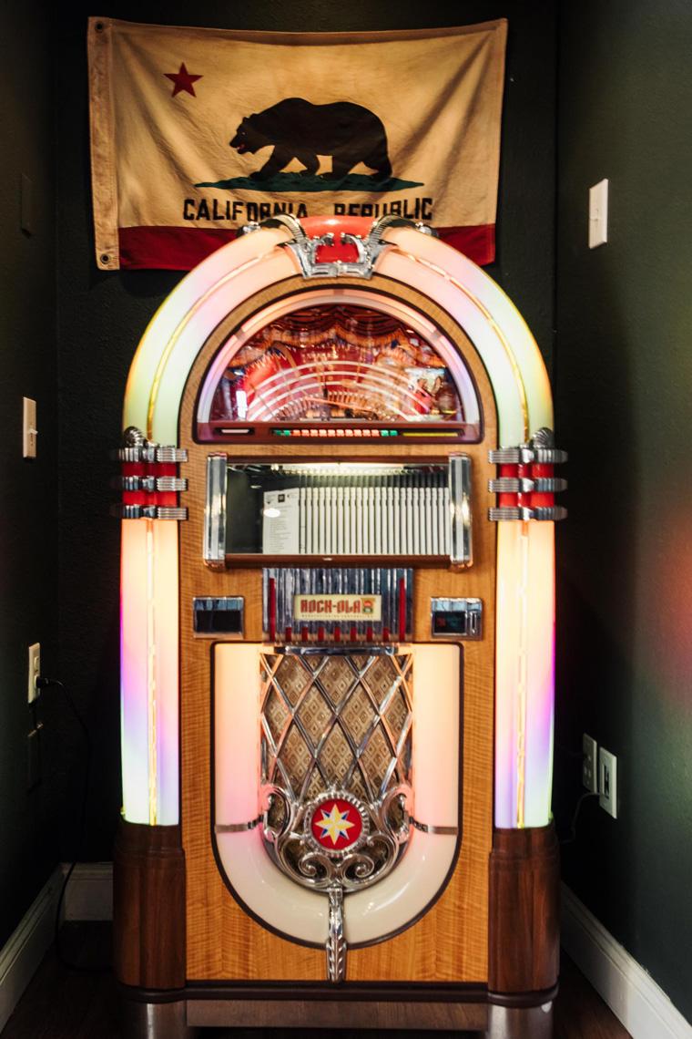 Brophy's Tavern jukebox