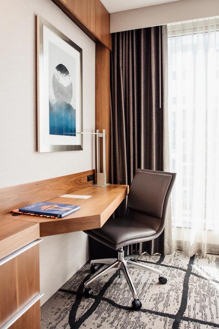 Charter Hotel Seattle desk