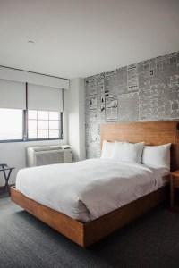 Lismore Hotel Eau Claire bed