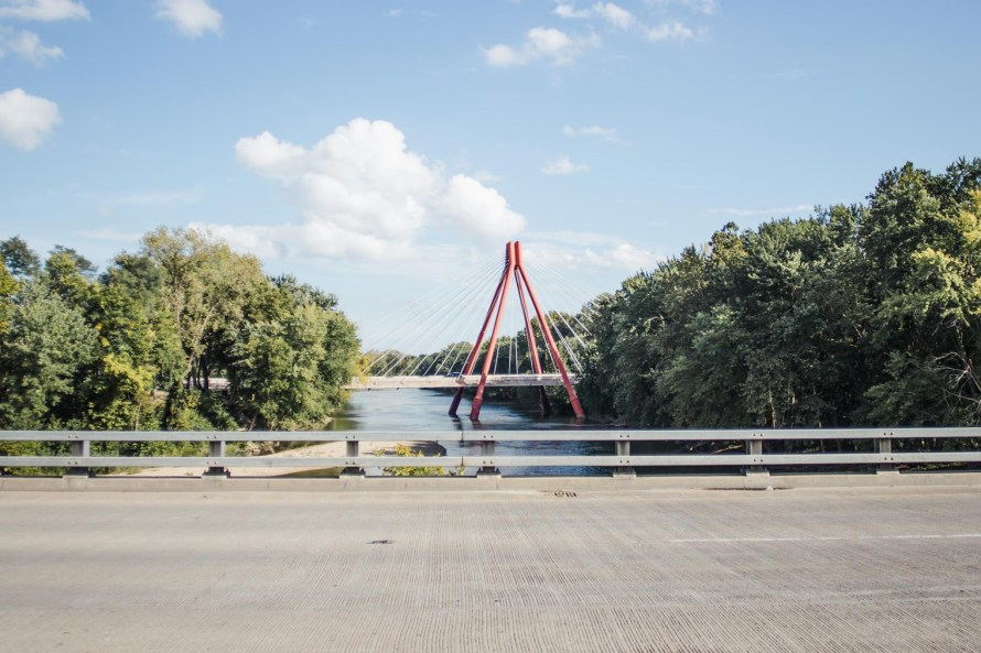 Things to do in Columbus Indiana - bridge over the river