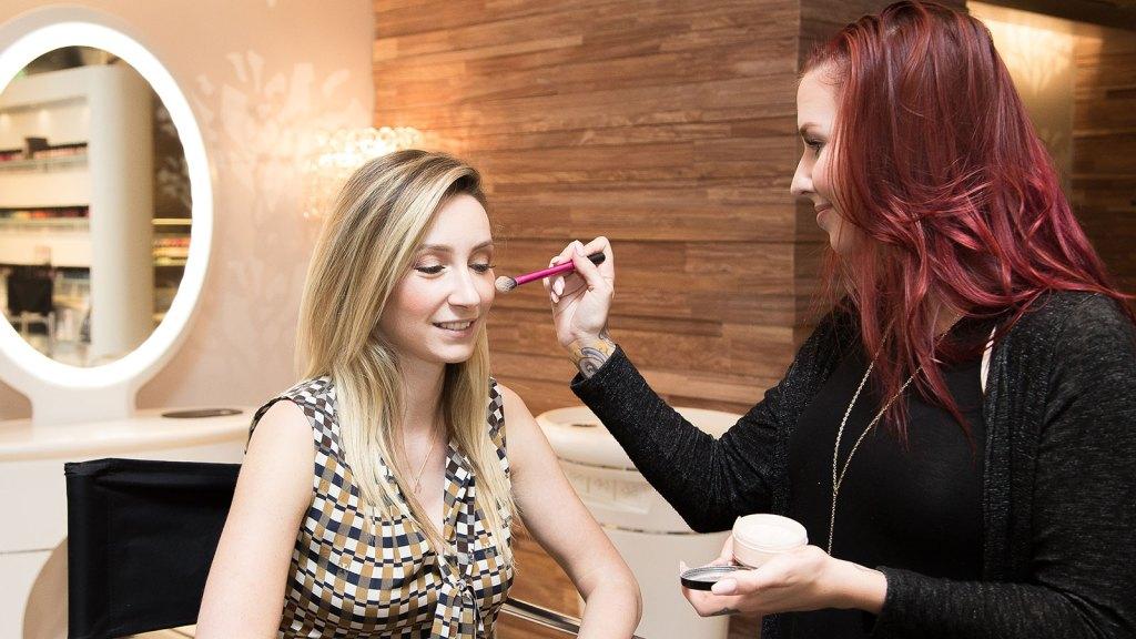 Spring makeup demo
