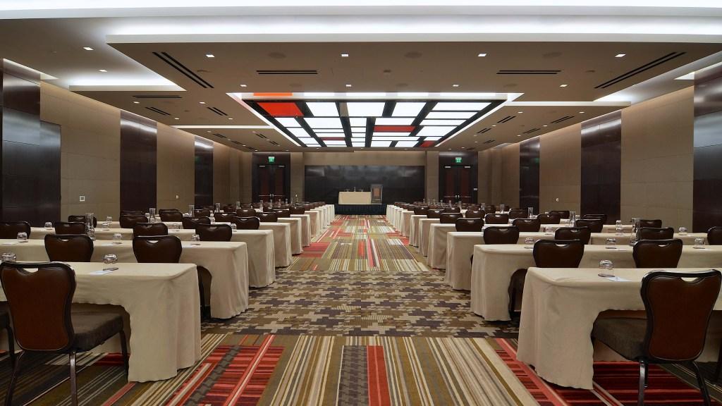 ballroom meeting set up