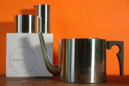 vintage Cylinda-line tea set