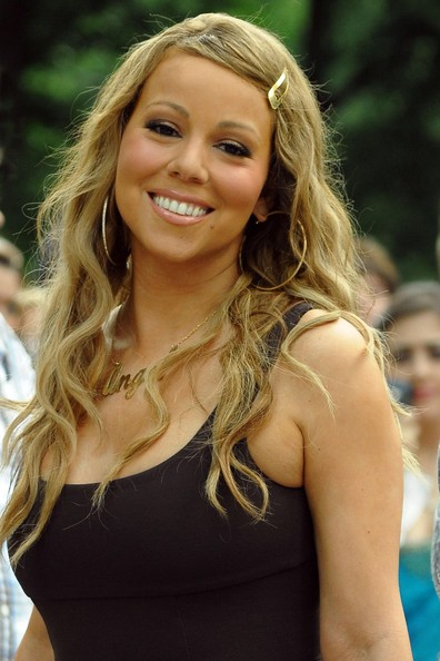 Mariah+Carey+Filming+New+Music+Video+Obsessed+vTzgXV165nhl
