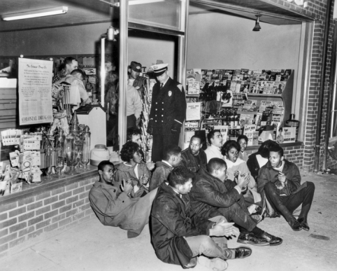 1960-sit-in-protests-civil-rights_104179