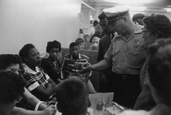 civil-rights-sit-ins_104182