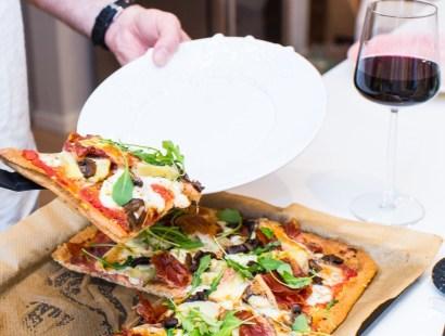 Tryffelpizza och Matbord!