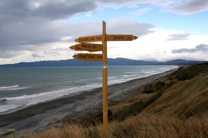 58GradNord - Elternzeit in Neuseeland - Richtungsschilder