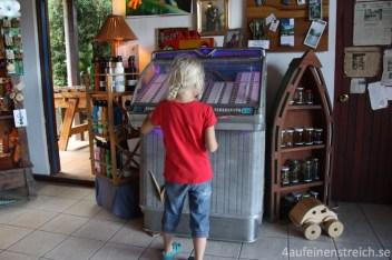 In der Jukebox lief natürlich ABBA!!