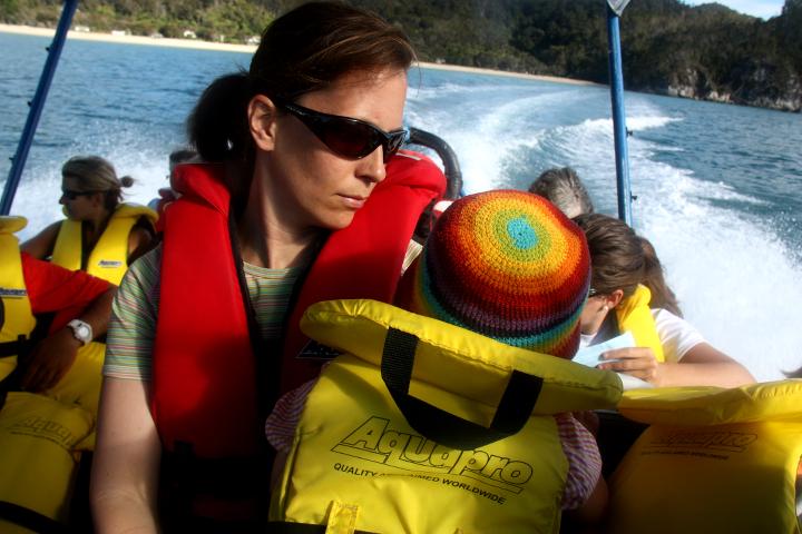 58GradNord Abel Tasman Mit Kindern wandern Wassertaxi