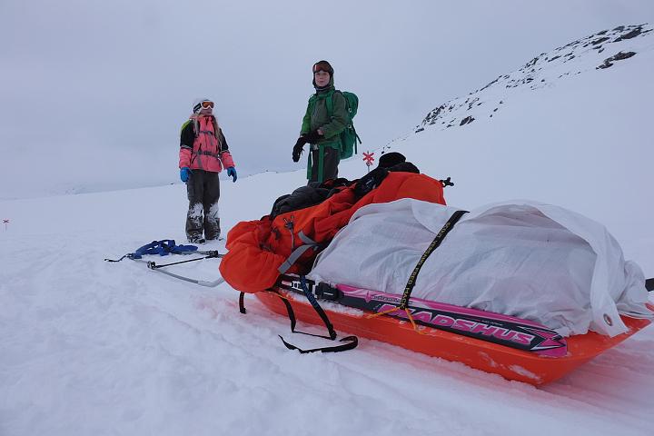58 Grad Nord - Kungsleden im Winter - Rast mit Pulka