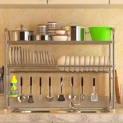 Speed Racks For Kitchen Cabinet Pricing 厨房水槽脏乱差 学会这一招轻松解决难题 平日里油盐酱醋铁定少不了 本身厨房位置就不大 这样更加杂乱无章 但将这些无处安放小物件放在橱柜取用又不太便捷 水槽上方摆放置物架就是不错的选择 分门别类将