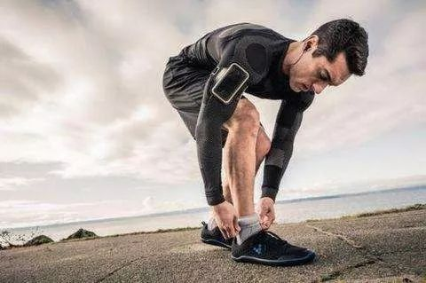 跑步時肚子左下角里面痛,如圖-跑步時腹部的左下角脹痛是什么原因?