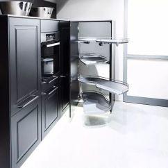 Renew Kitchen Cabinets 33 Sink 不定期更新 2017 2018厨柜趋势报告 续 白色厨柜在中国家庭中应用频率更高 在此 整体氛围的营造 饰品的配搭 墙壁背景的衬托 借鉴意义更强