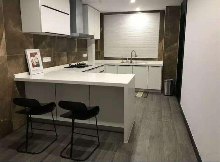 tile kitchen floor decor sets 厨房地面铺地板还是瓷砖 瓷砖厨房地板