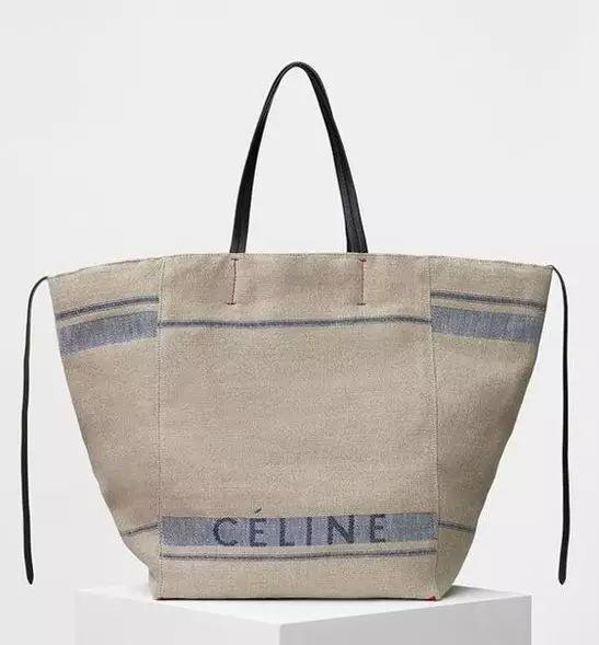 雖然美包那么多,但我還是想要一個香奈兒這樣的經典帆布袋