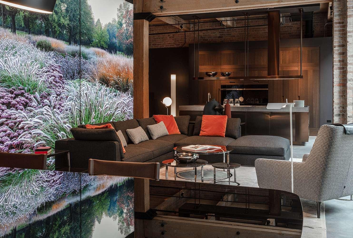 kitchen showrooms cheap curtains b italia芝加哥展厅 多品牌融合的优雅空间 设计 家b italia展厅 7000平方英尺的陈列室经过重新设计和翻新 保留了原有空间的工业特色 同时强调b italia和maxalto的优雅设计以及arclinea的高端厨房产品