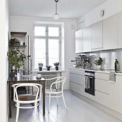 Corner Bench Seating For Kitchen Blue Cabinet Knobs 现代欧美家居 20种小空间解决方案和精致的空间装饰 早餐 带有靠窗的座位的厨房可以举办美妙的早餐角落