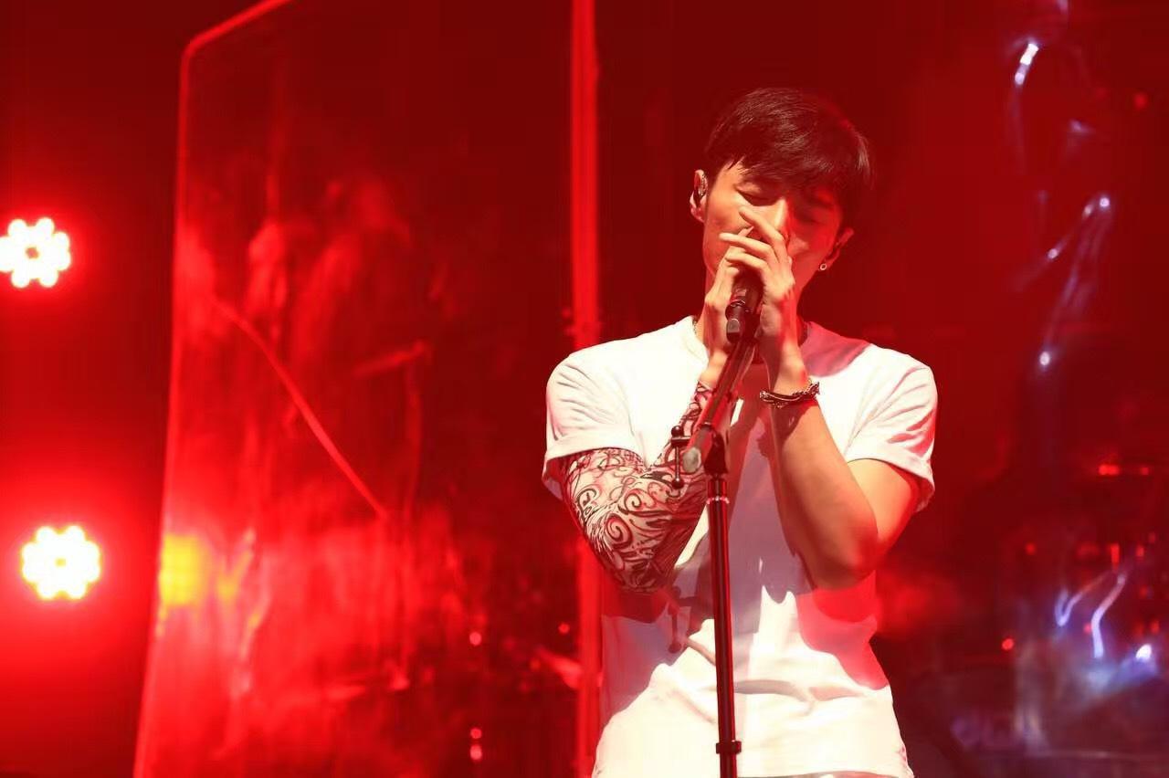 李榮浩年少有為世界巡演首站上海今日預售 霸榜金曲唱響在即_演唱會