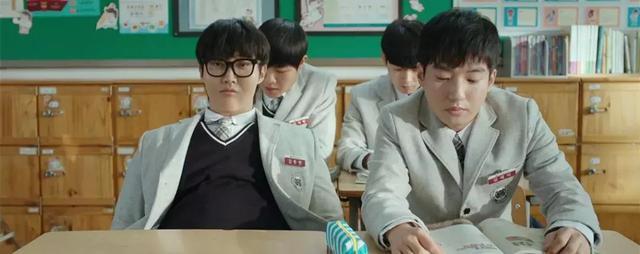 韓國觀眾打出了8.7分,看這部新片從頭笑到尾!_大叔
