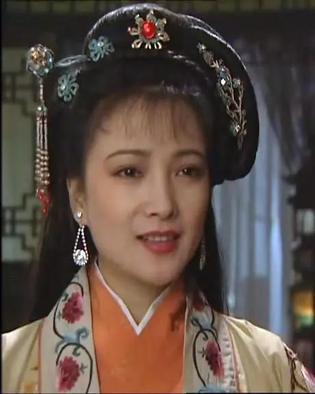 何晴,唯一演全了四大名著的女演員,這才叫古典美女!_秦可卿