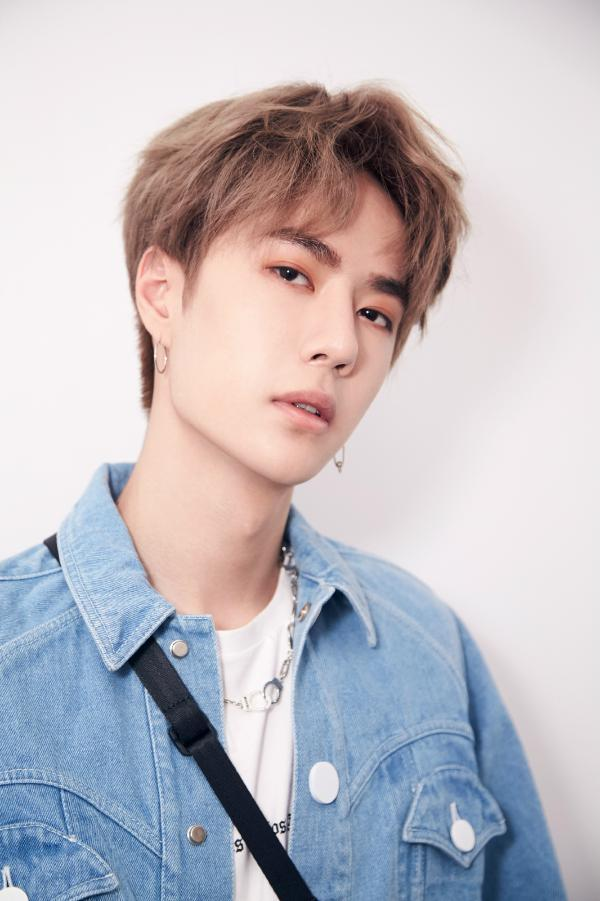 579011ed065d448ebdd45f332c2eb2d9 Wang Yibo Profile and Facts