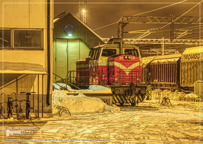 Night shot of a diesel freight locomotive in Rauma, Finland