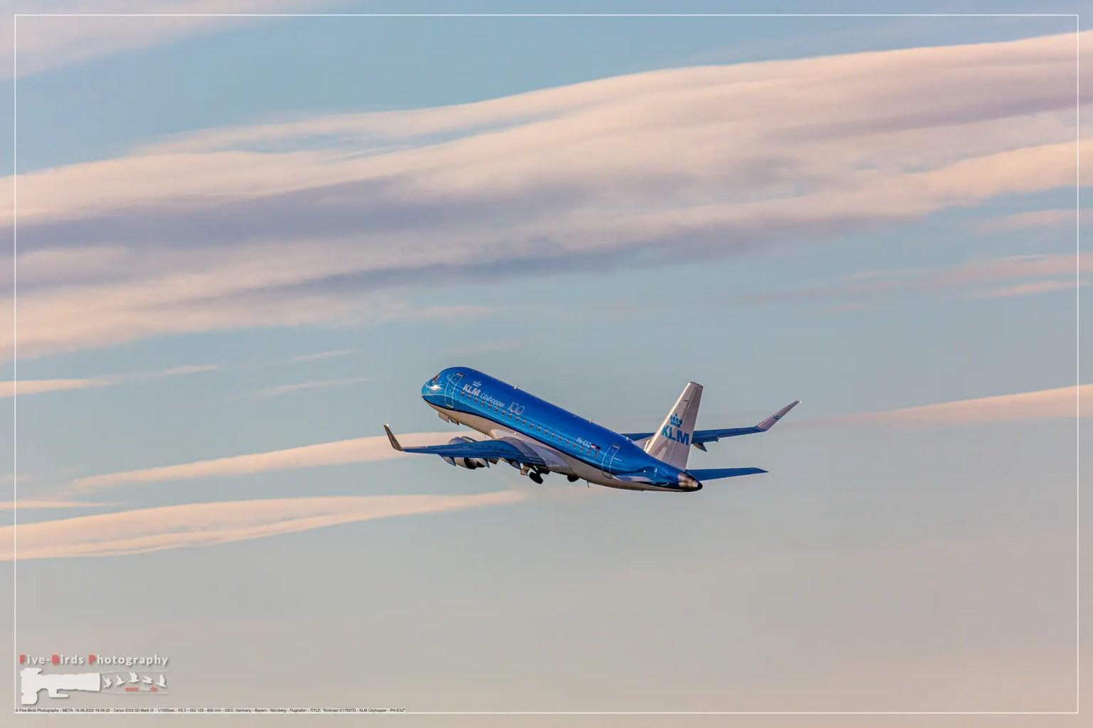 Embraer E175STD - KLM Cityhopper - PH-EXZ
