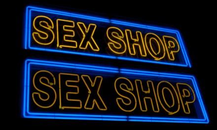 """""""Sex-Shop Socialism""""-ът е денонощен"""