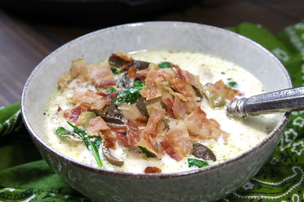 Keto Instant Pot Chicken Bacon Chowder | 5dinners1hour.com