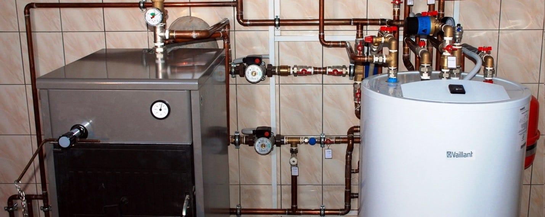 Спуск воздуха из радиатора отопления при наличии бойлера | Как спустить воздух из радиатора отопления