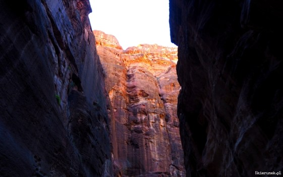 Petra - wąwóz al-Siq - Jordania - Piąty Kierunek10