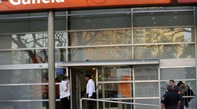 Robaron un Banco en Ramos Mejía con gas pimienta