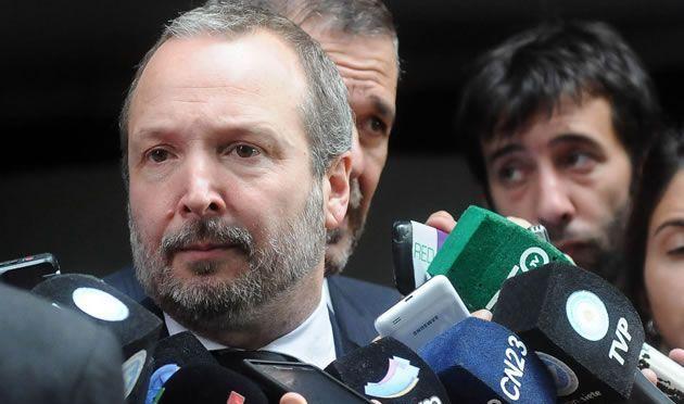 El Gobierno intervino por 180 días la AFSCA y la AFTIC y removió a Sabbatella