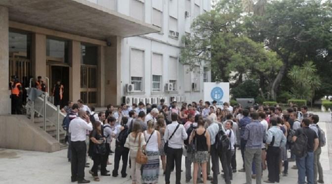 Fabricaciones Militares: 140 empleados denuncian el despido
