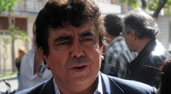 """Espinoza volvió a cruzar a Vidal y sostuvo que es una """"tortuga"""""""