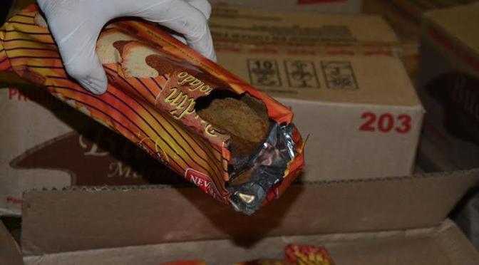 Vidal envió a Moreno budines comidos por roedores y leche con excremento de paloma