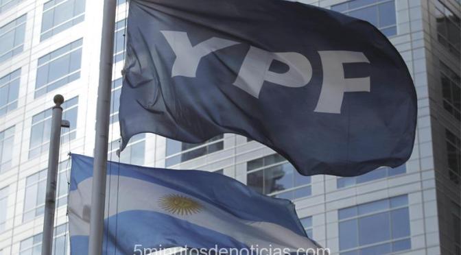 En Chubut y Santa Cruz paran los petroleros por despidos