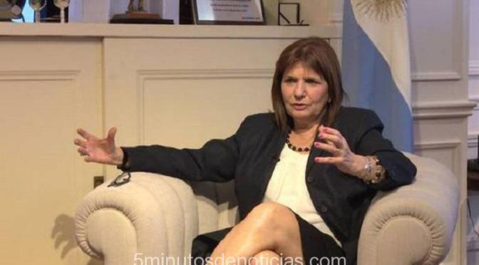 """PATRICIA BULLRICH: """"SI CORTAN UNA VÍA NACIONAL, SE DESPEJA"""""""