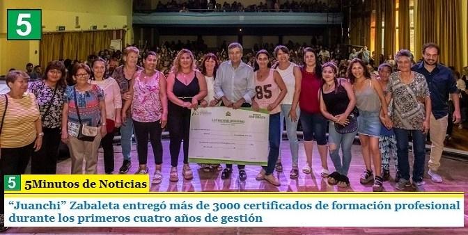 """""""Juanchi"""" Zabaleta entregó más de 3000 certificados de formación profesional durante los primeros cuatro años de gestión"""
